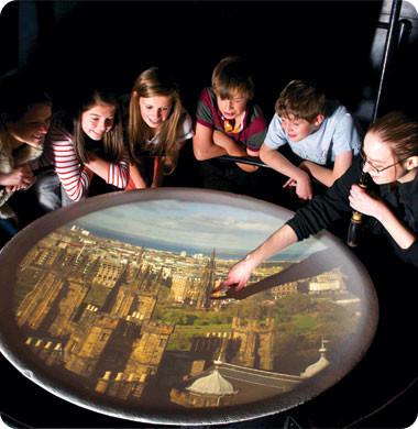 Cámara Oscura Edimburgo con niños