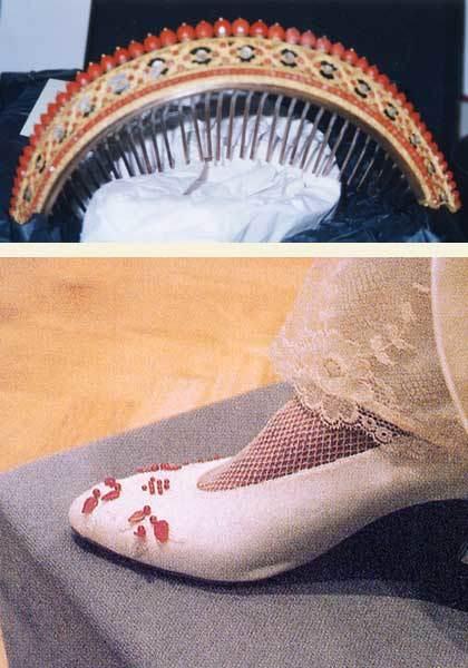 La tiara de coral del 1800 y los zapatos de novia