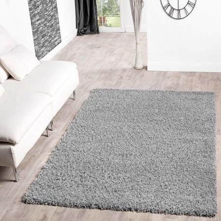 Desde 4,50 euros podemos comprar en Amazon una alfombra de T&T Design Shaggy: gran variedad de medidas y colores disponibles
