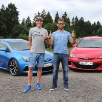 Aleix Espargaró le pone los cuernos a Suzuki y se va a Nürburgring Nordschleife con un Opel GTC OPC