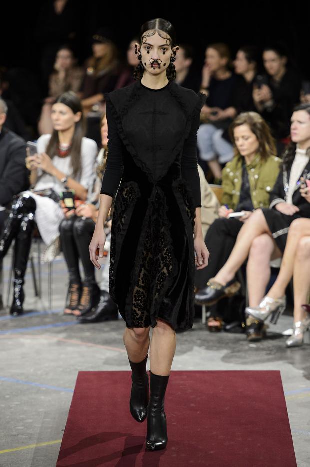 Foto de Givenchy colección Otoño-Invierno 2015/2016 (3/47)
