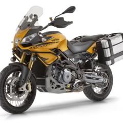 Foto 5 de 24 de la galería aprilia-caponord-1200-rally-estudio-y-accesorios en Motorpasion Moto