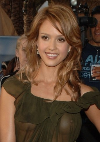 Jessica Alba look transparencias