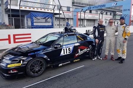 Del trono de PSA al circuito: Carlos Tavares correrá las 24 Horas de Nürburgring con un Opel Calibra