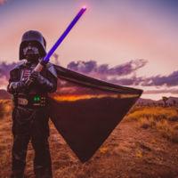 Una madre recrea con sus hijos las escenas de Tatooine de la Saga Star Wars