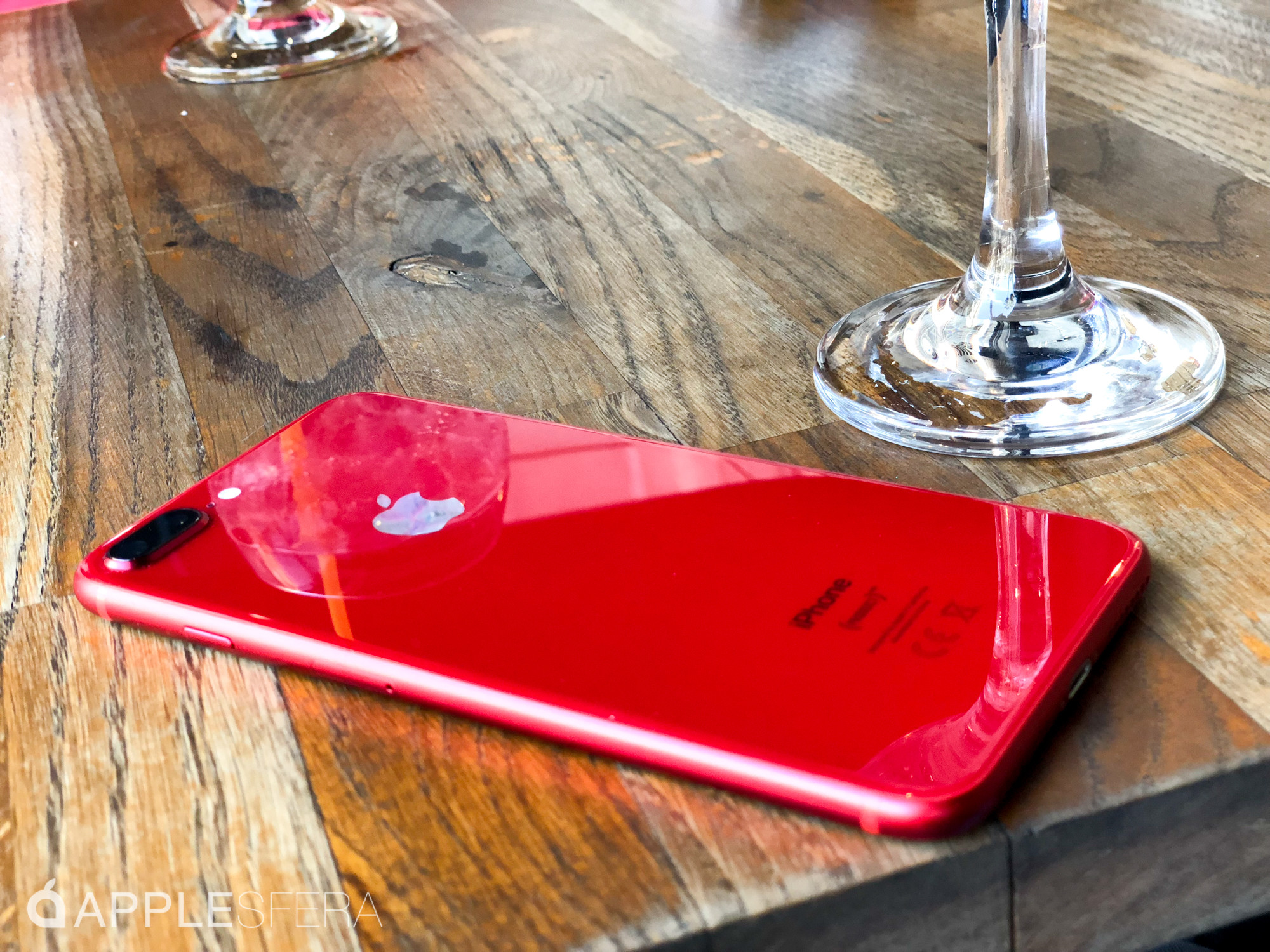 Foto de iPhone 8 Plus (RED) (24/28)