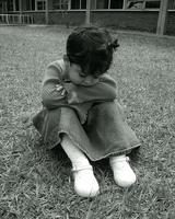 El castigo físico recibido durante la niñez puede aumentar la agresividad y los trastornos mentales