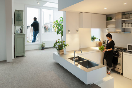 Minimalist Amsterdam Apartment With Lots Of Open Space 2