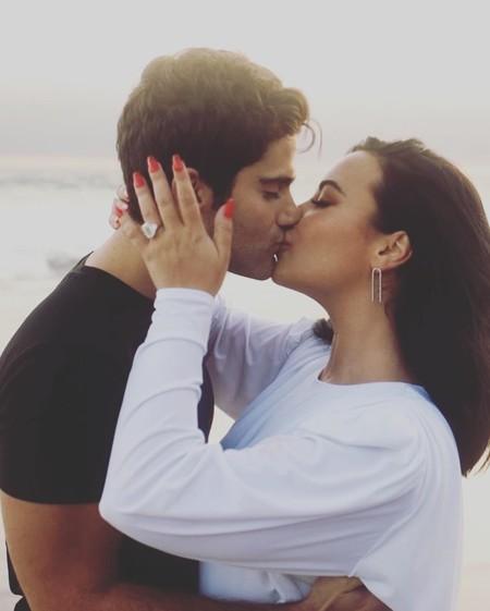 Suenan campanas de boda: Demi Lovato se promete con su novio Max Ehrich