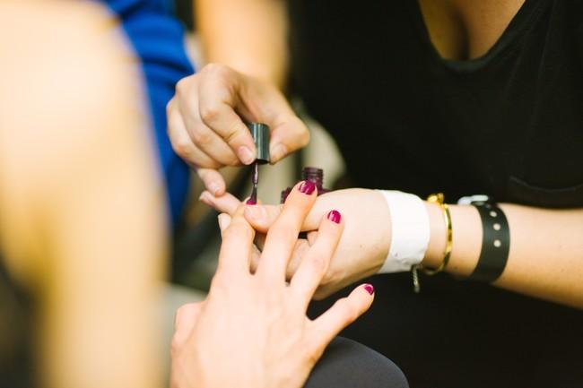 peor manicura de la historia uñas esmalte