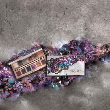 Llega Stoned Vibes, la nueva paleta de sombras de Urban Decay dispuesta a convertirse en la joya de nuestras colecciones de maquillaje