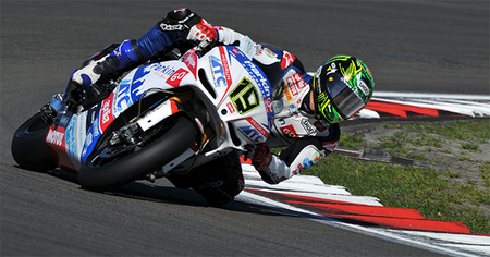 Superbikes Nürburgring 2012: caídas de Melandri y Biaggi… ¡victoria de Chaz Davies!