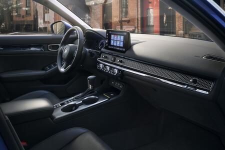 Honda Civic 2022 14