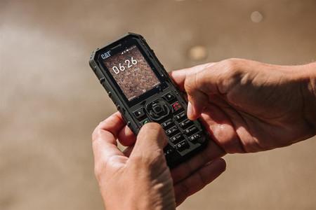 Cat B35 Smart 4G: un teléfono todoterreno con KaiOS y un diseño que recuerda a otra época