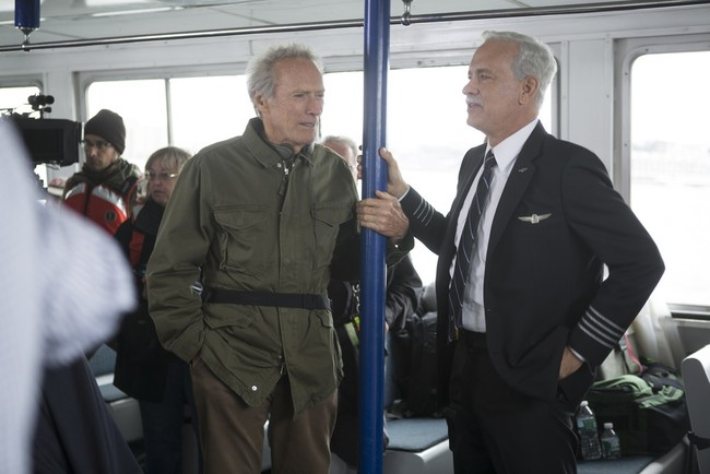 Clint Eastwood con Tom Hanks en el rodaje de Sully