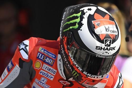 La historia de los cascos de moto: De la muerte de Lawrence de Arabia a la realidad aumentada
