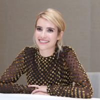 ¿Quién dijo que los lunares eran sólo para los vestidos de flamenca? Emma Roberts acierta (y mucho) con ellos