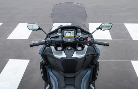 Honda Forza 750 2021 3
