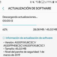Google Play descargaría también actualizaciones de Android, según indicios encontrados en su APK