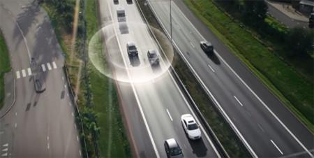 """Volvo muestra como funciona su tecnología """"Drive Me"""", un paso más cerca de la autonomía"""
