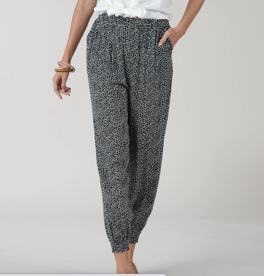 Pantalón de mujer largo con estampado y pinzas