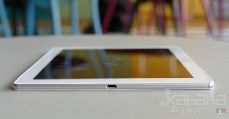Xperia Z4 Tablet 2 1