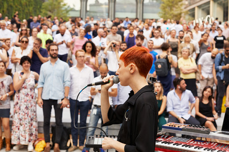 Apple Milan Piazza Liberty Lim Performance 07262018
