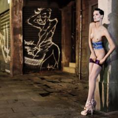 Foto 5 de 8 de la galería barcelona-fomenta-el-desnudo-en-publico-una-verguenza-de-editorial-con-iris-strubegger-desnuda en Trendencias