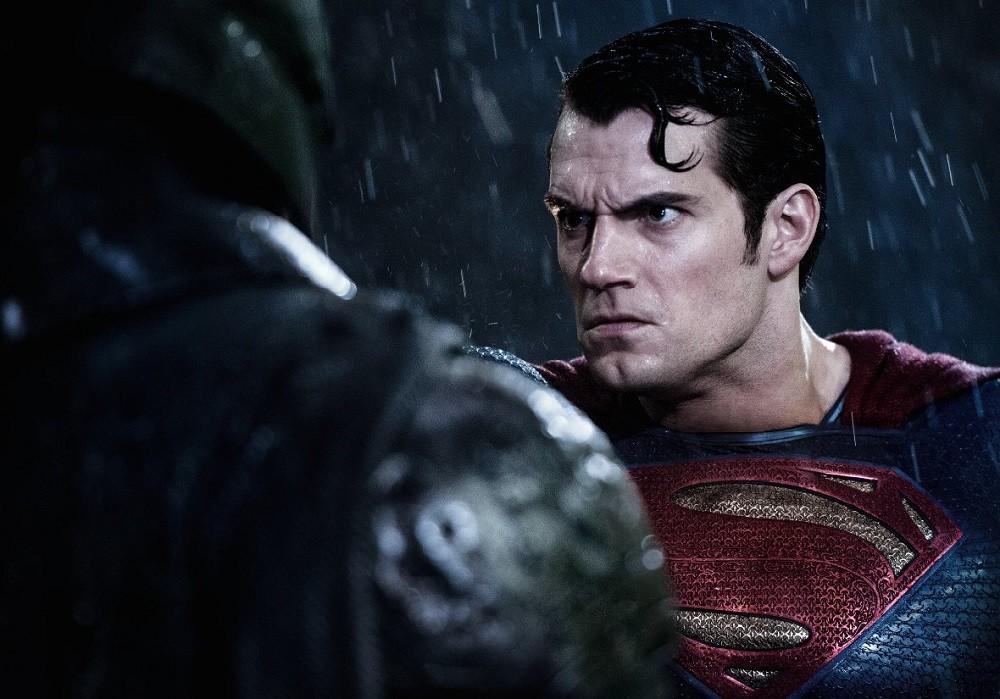 Henry Cavill Batman Contra Superman El Amanecer De La Justicia