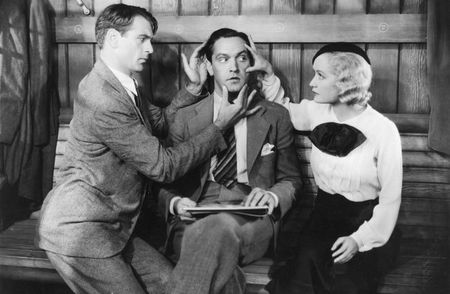 Gary Cooper, Fredric March y Miriam Hopkins en la secuencia inicial de Una Mujer Para Dos