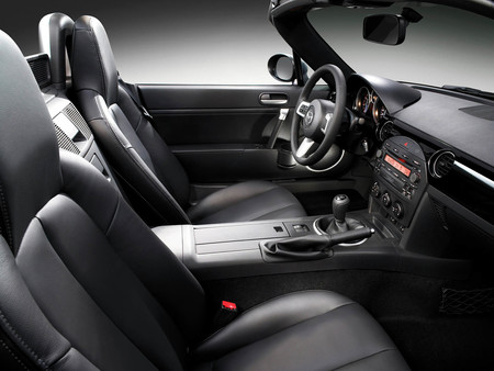Mazda Mx 5 Roadster NC interior