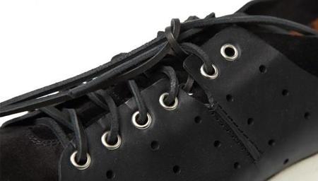 ¿Sneakers o zapatos? Cinco propuestas que te darán juego como si fueran las dos