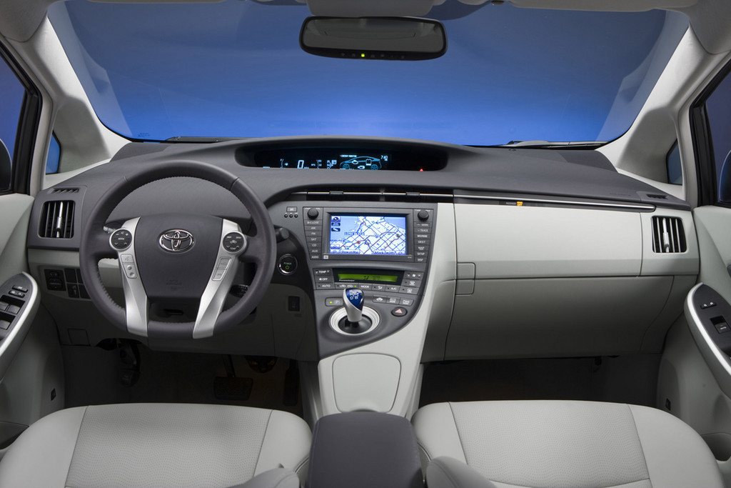 Foto de 2010 Toyota Prius (EEUU) (16/35)