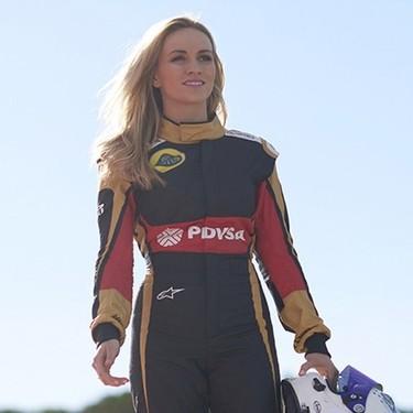Ya no habrá azafatas en la Fórmula 1, pero tampoco conductoras (de momento): recordamos a las pioneras que sí lo consiguieron
