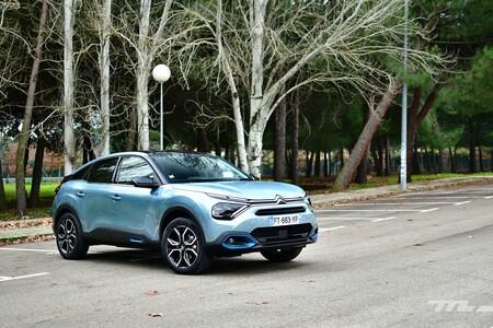 Probamos el nuevo Citroën C4: un coche diésel, gasolina o eléctrico que lo apuesta todo al confort y a una estética arriesgada