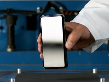 El nuevo cristal Gorilla Glass Victus promete móviles el doble de resistentes, con soporte a caídas de 2 metros y mejor resistencia a arañazos