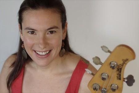 """Mariana Iranzi: """"mi deseo es que la música infantil no se convierta en algo comercial, artificial y superficial"""""""