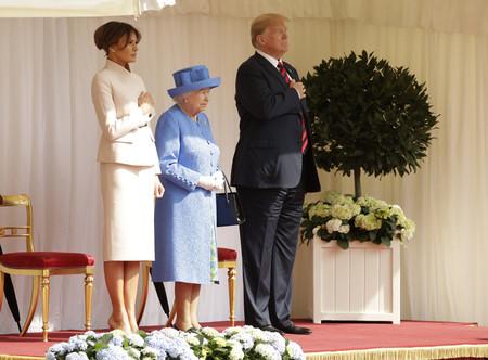 Melania Trump E Isabel Ii 2