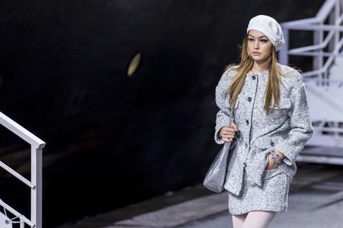 Chanel Resort 2019: si este verano hacemos un crucero que sea vestidos de la marca francesa