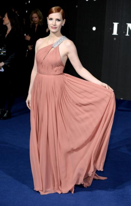 Premiere Interstellar Londres Jessica Chastain vestido Saint Laurent