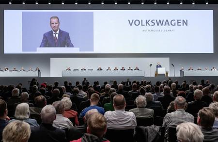Volkswagen se enfrenta a su primer macrojuicio en Alemania por los afectados del Dieselgate