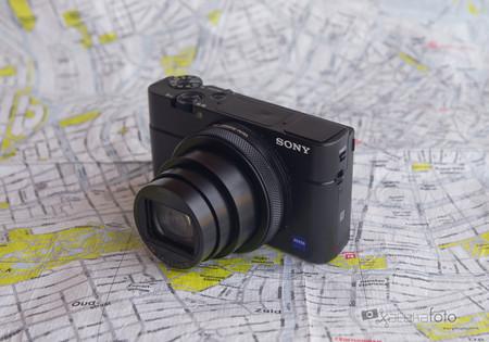 Sony RX100 VI, análisis: La compacta premium da un paso adelante buscando convertirse en la cámara perfecta para viajar