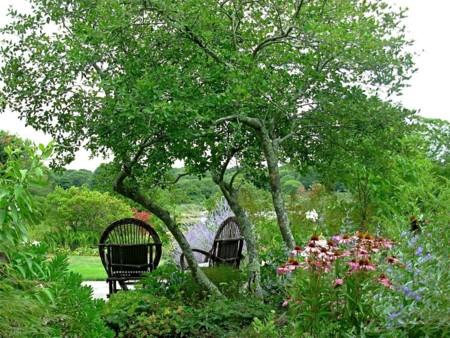 Dp Rockwell Garden Sitting Area S4x3 Jpg Rend Hgtvcom 1280 960
