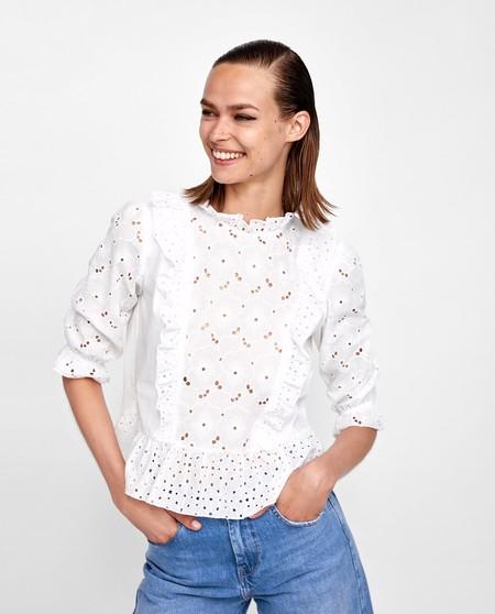 Zara Troquelada 1