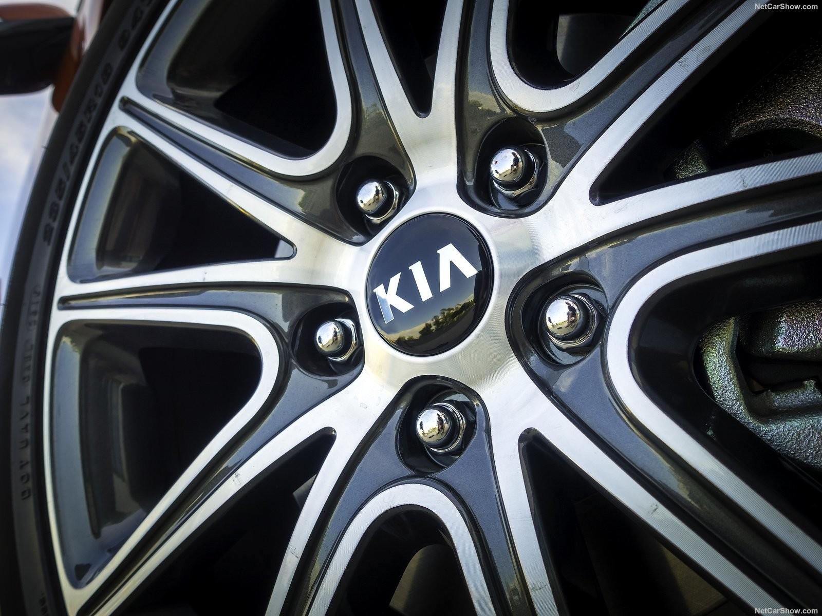 Foto de Análisis comparativo: Kia Soul SX vs Mini Countryman Cooper S (9/20)