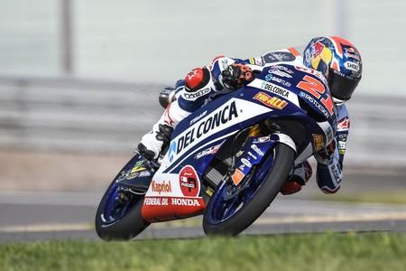 Fabio Di Giannantonio tira de agresividad para llevarse una merecida victoria de Moto3 en Brno