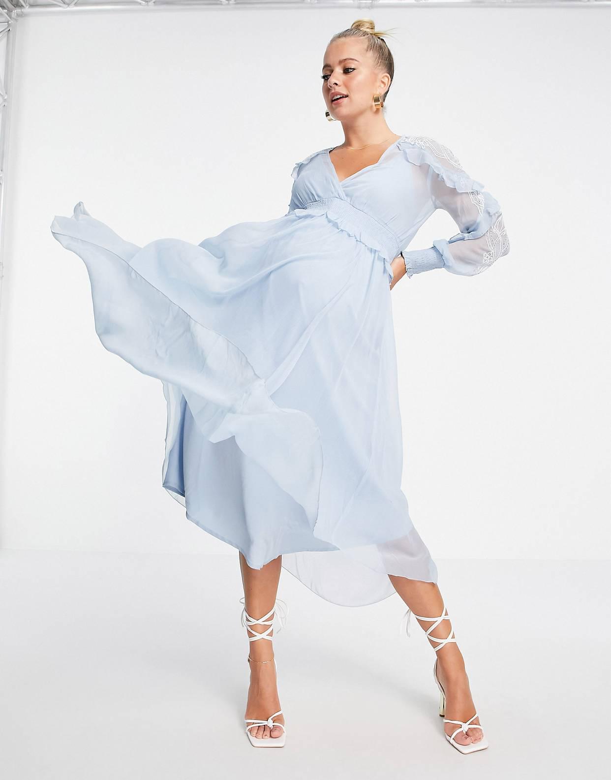Vestido midi con bordados y detalle de ribete de encaje de ASOS DESIGN Maternity