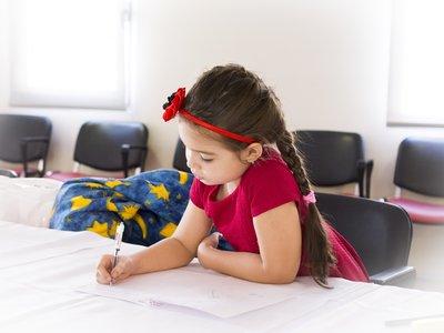 Orange ofrecerá conexión a internet gratis a 500 familias de escasos recursos con hijos escolarizados