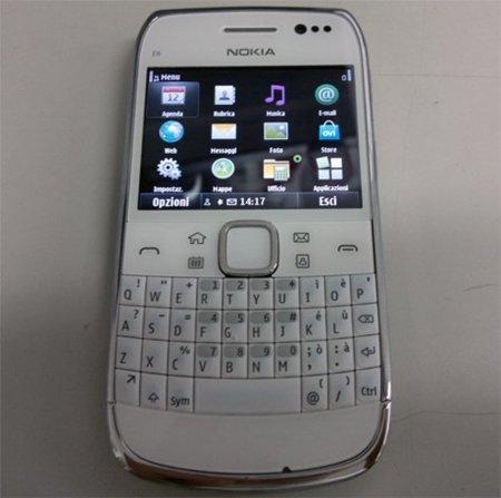 Nokia E6-00, el Touch and Type con Symbian^3 en detalle