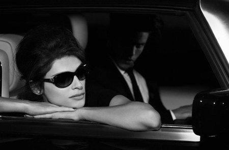 Karl y Baptiste siguen en su amor laboral gracias a la campaña eyewear de Chanel